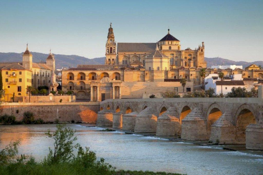 Scopri tutti i segreti dell'Andalusia