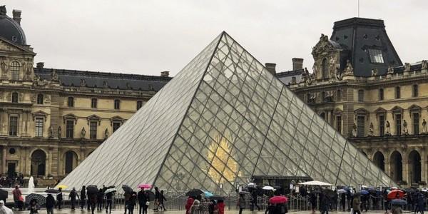 Visita Parigi e la magia di Disneyland
