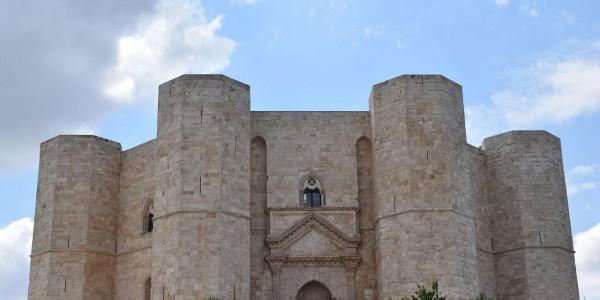 Da Bari a Castel del Monte