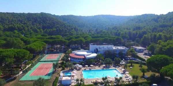 MIRA Residence Turistico a Peschici a partire da €350 ad appartamento